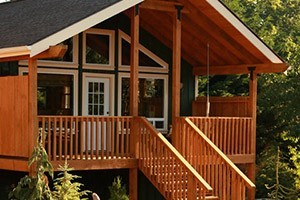 Carson Ridge Luxury Cabins :: Deluxe luxury B&B cabins invite you to relax in privacy. Plenty of outdoor recreation such as windsurfing, hiking & biking. Indoors, enjoy great food & our massage services.