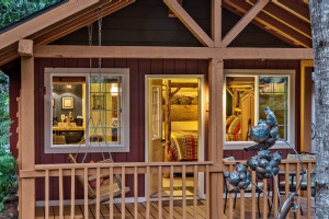 Carson Ridge Luxury Cabin - specials & packages