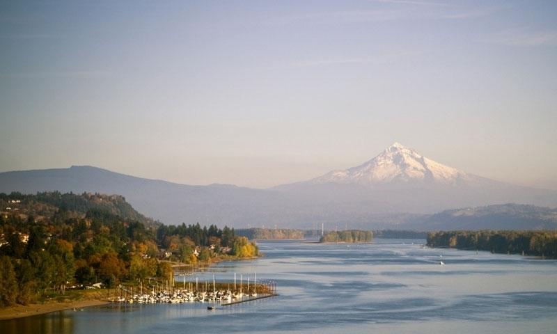Hood River Oregon Columbia River