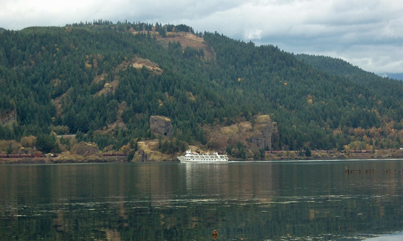 Columbia River Tours