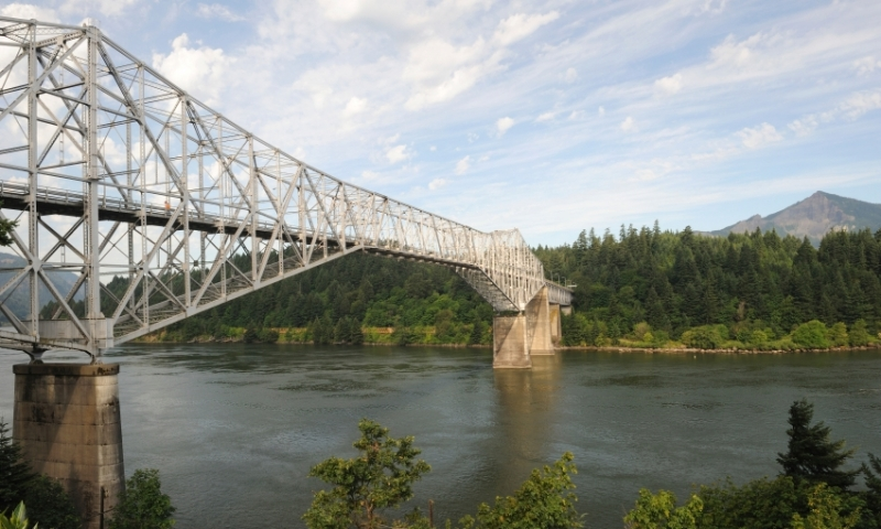 Bridge of the Gods along the Columbia River