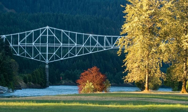 Cascade Locks Bridge of the Gods