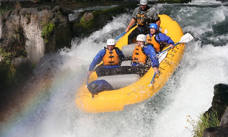 Rafting by River Jump Rock on the White Salmon River