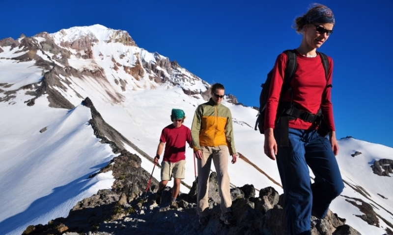 Hiking the Cathedral Ridge on Mount Hood