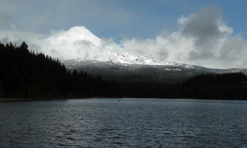 Trillium Lake Mount Hood