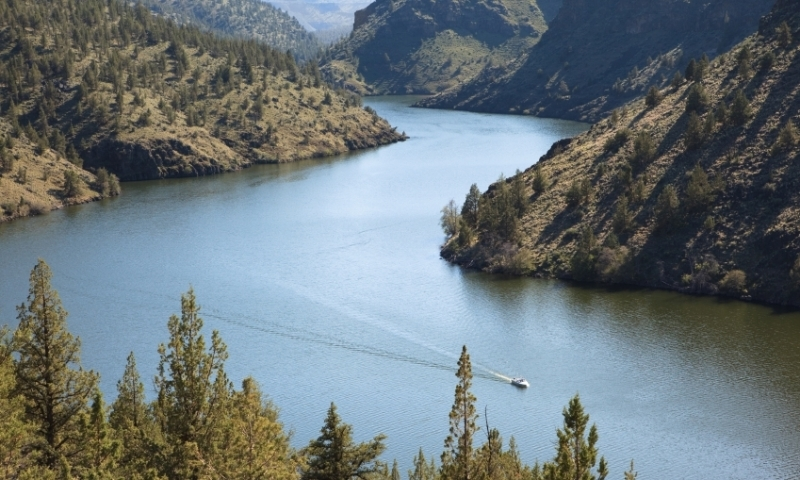 Deschutes River Oregon Boating