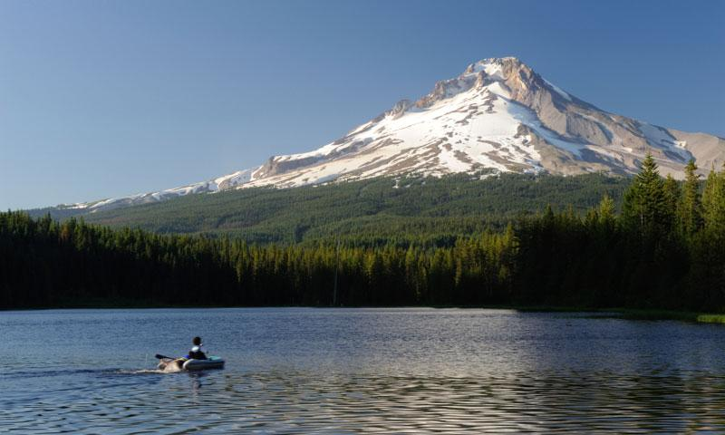 Boating on Trillium Lake under Mount Hood