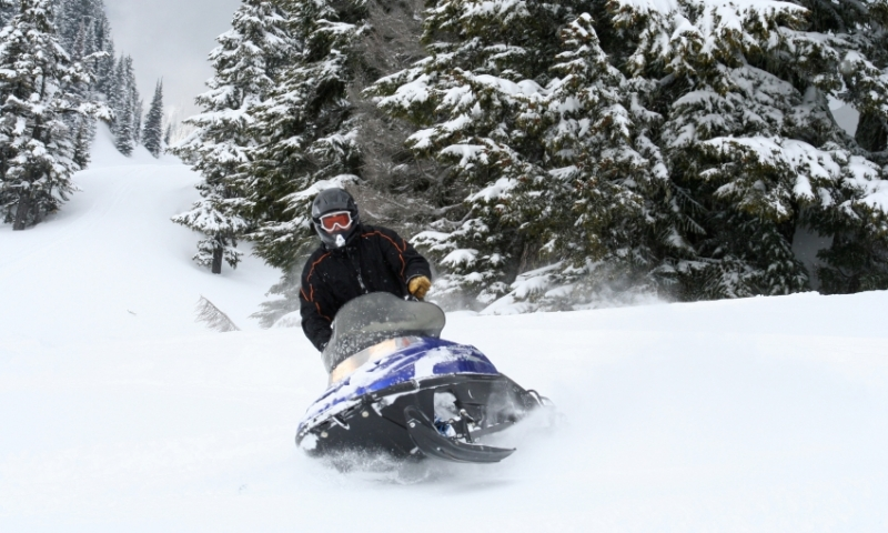 Washington Cascades Snowmobiling